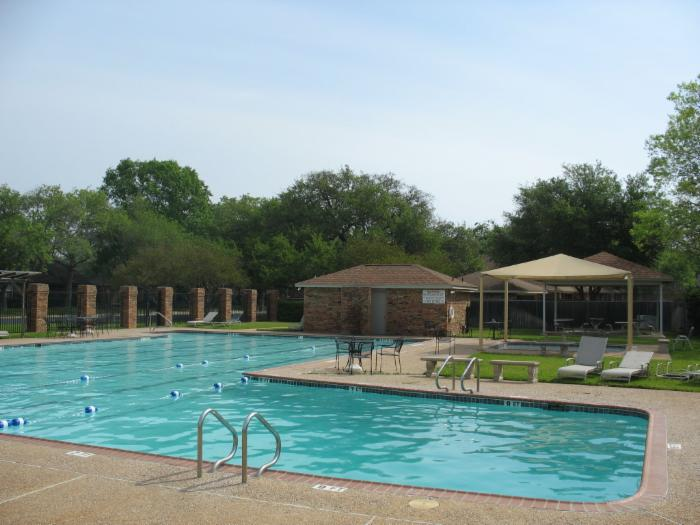 Western Oaks Swimming Pool